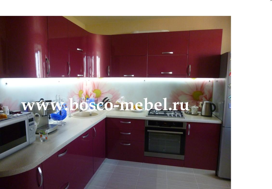 фото кухни малинового цвета