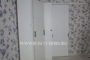 mebel s razdvijgnoy dveryu